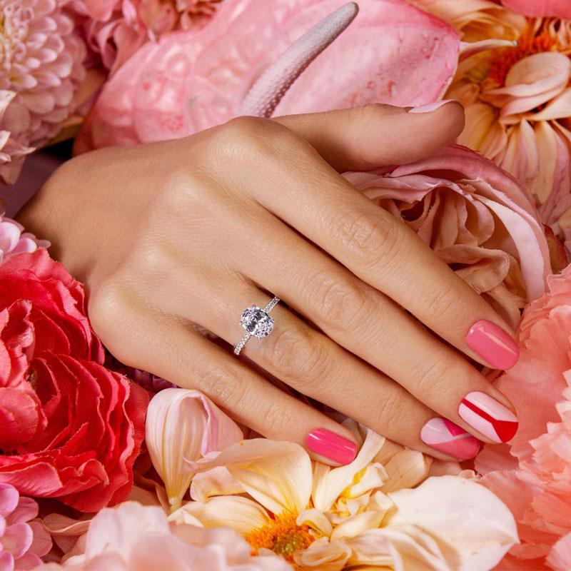 Jeulia Moissanite Oval Cut Gold Ring